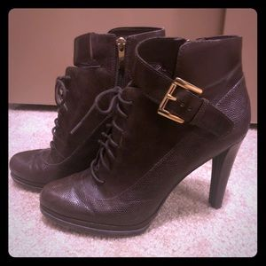 Gorgeous NWOT Saks 5th Avenue Booties Size 41